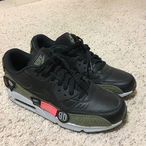 Nike air max shoes HAL